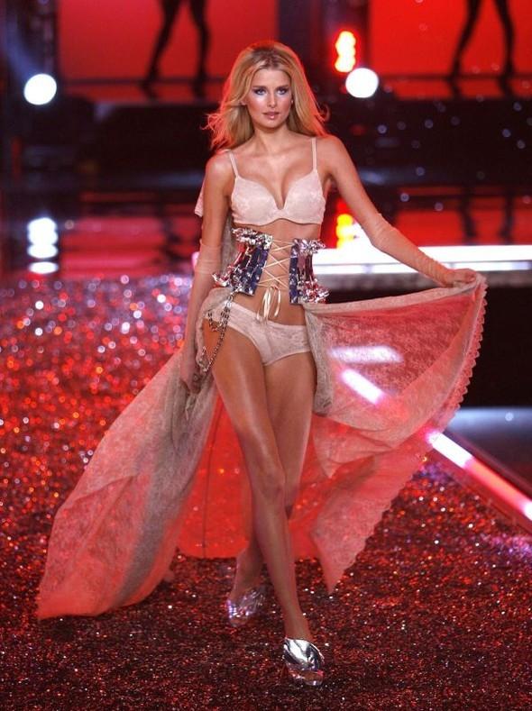 Victoria's Secret Lingerie Fashion Show 2008. Изображение № 56.