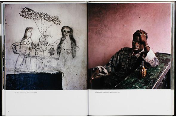 12 альбомов фотографий непривычной Африки. Изображение № 115.