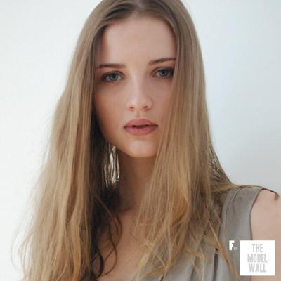 Новые лица: Ханна Керн. Изображение № 2.