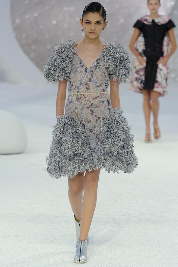 Chanel на Парижской неделе моды. Изображение № 18.