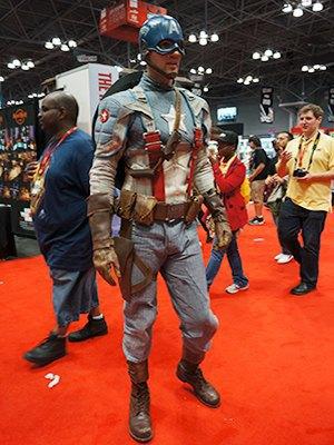 Как прошёл гик-фестиваль NYC Comic-Con  в Нью-Йорке. Изображение № 18.