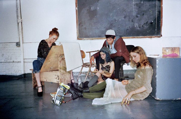 Лукбук: Urban Outfitters Early Fall 2011. Изображение № 11.
