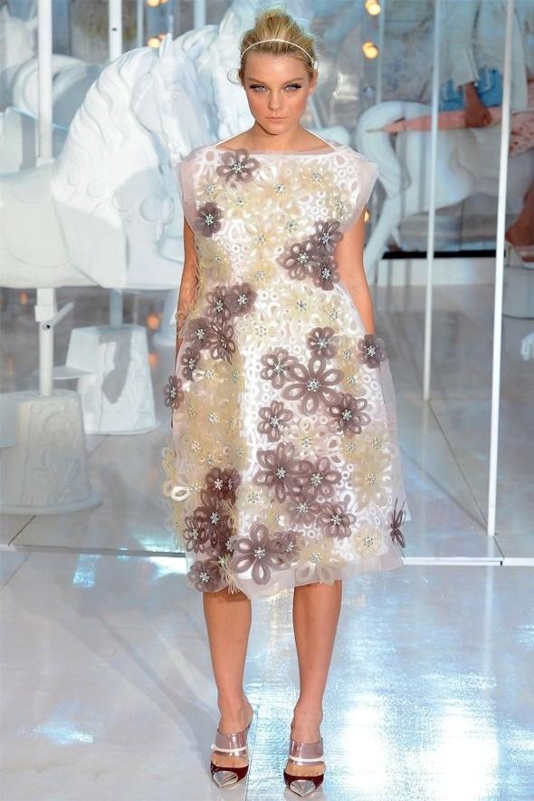 Неделя моды в Париже: Louis Vuitton весна 2012. Изображение № 38.