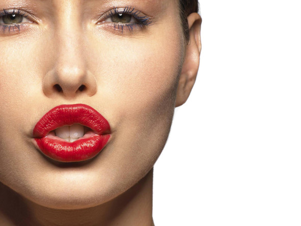 Red lipstick. Изображение № 32.