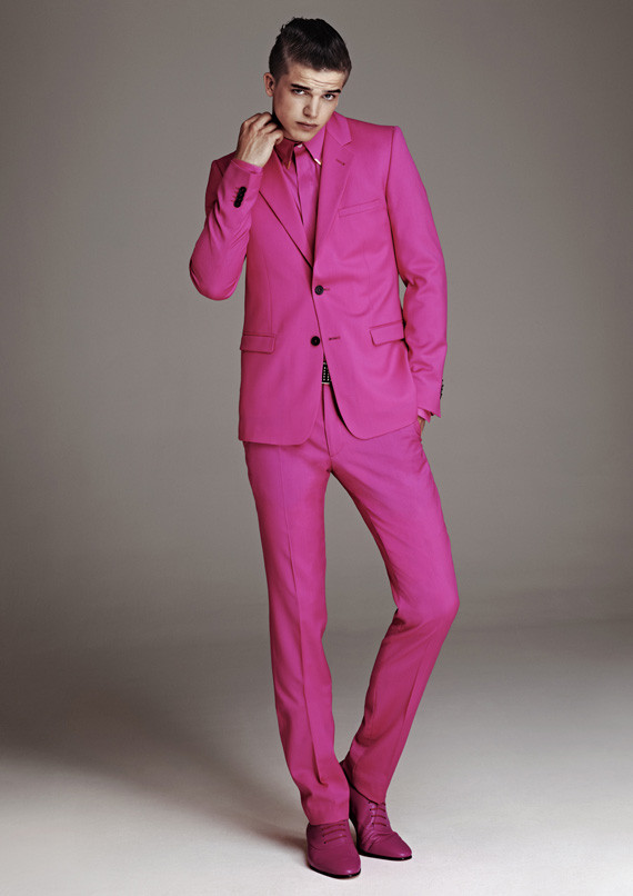 Лукбук, съёмка вещей и цены на мужскую коллекцию Versace для H&M. Изображение № 2.