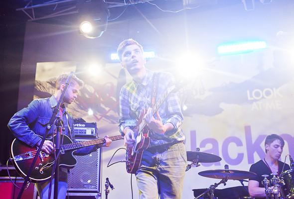 Шторм в Петербурге, выпускной и концерты с айпада: 10 молодых музыкантов на «Стереолете». Изображение № 4.