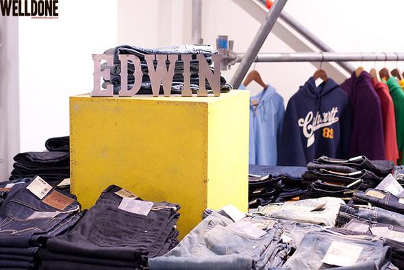 """Новый магазин одежды """"Welldone"""" в FLACON'е. Изображение № 24."""
