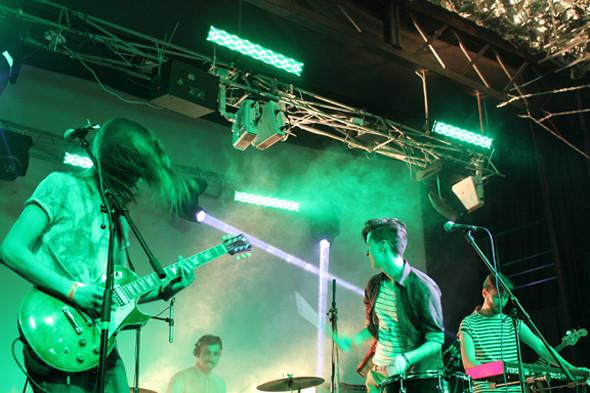 Toro y Moi, New Young Pony Club, LCMDF в Петербурге: Что было на «Стереоночи» . Изображение № 20.