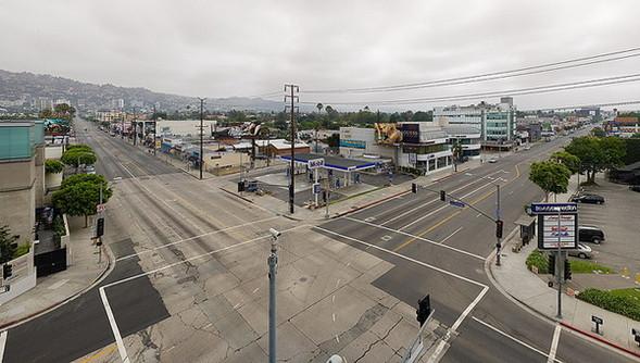 Мертвый город. Лос-Анджелес. Изображение № 3.