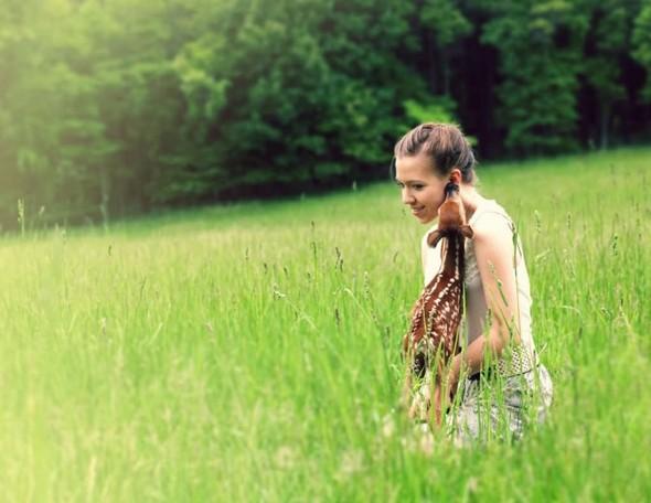 ЭМИЛИ ЛИ : девушка и олень. Изображение № 11.