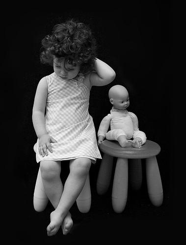 Детство, похожее наигрушечных пупсов. byJaime Monfort. Изображение № 17.