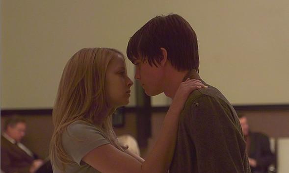Кит - кино о любви, ради которой отдаешь все. Изображение № 3.