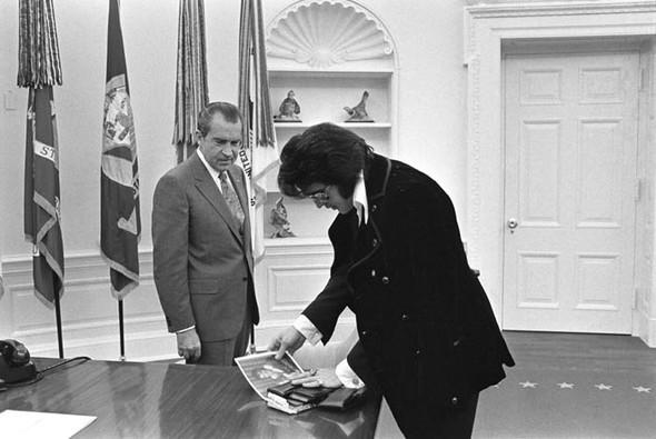 Элвис Пресли vsРичард Никсон. Историческая встреча. Изображение № 4.