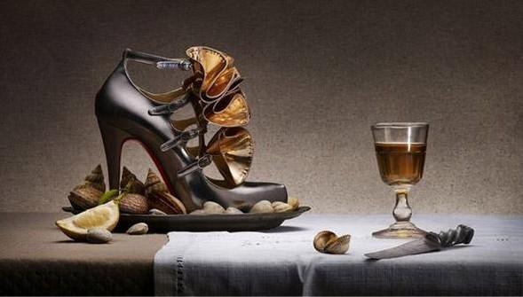 Рекламная кампания Christian Louboutin FW0910. Изображение № 2.