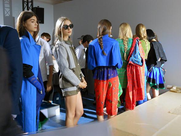 Фотографии перед показом для Style.com . Изображение № 11.