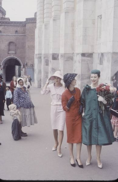 Dior in Moscow, 1959 год. Изображение № 12.