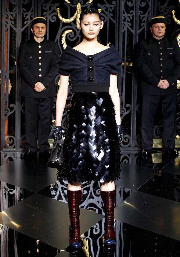 Изображение 13. Louis Vuitton Fall 2011.. Изображение № 13.