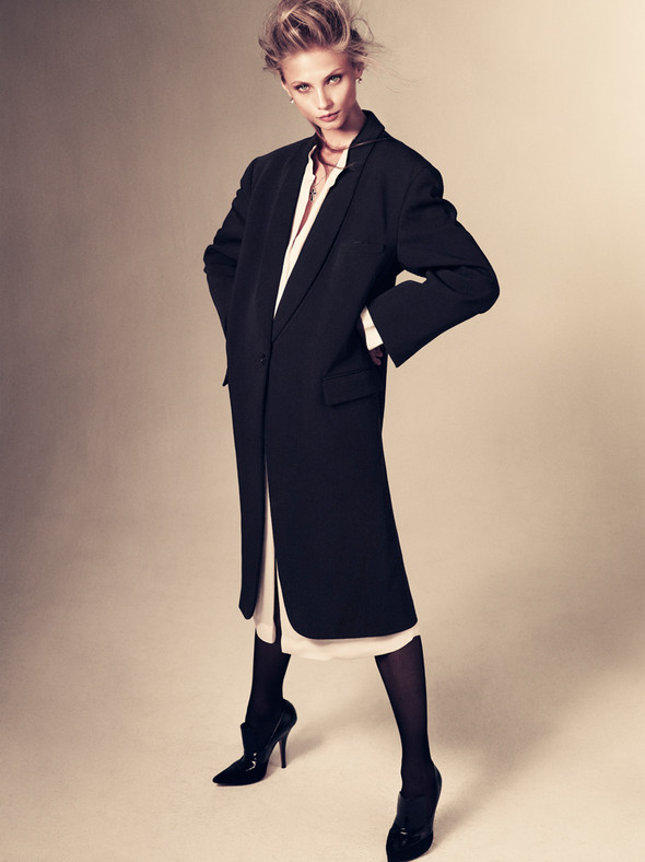 Съёмка: Анна Селезнёва для японского Vogue. Изображение № 8.