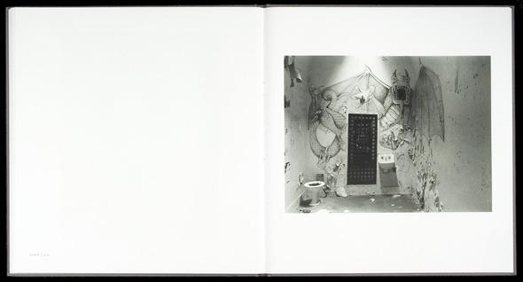 Закон и беспорядок: 10 фотоальбомов о преступниках и преступлениях. Изображение № 47.