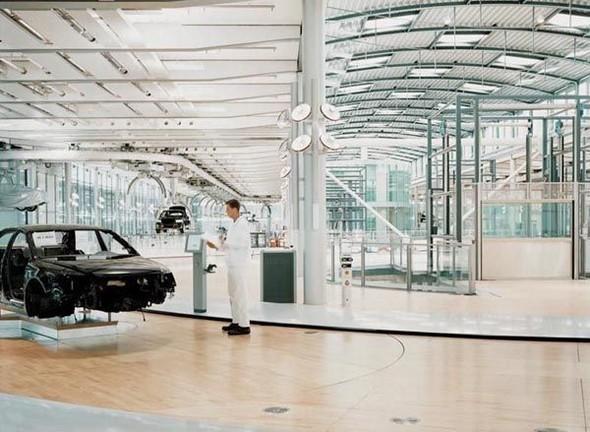 Стеклянная мануфактура Volkswagen. Изображение № 8.
