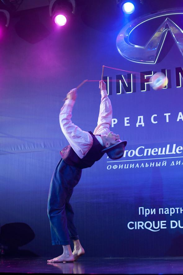 Cirque du Soleil на открытии дилерского центра INFINITI. Изображение № 8.
