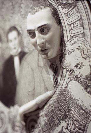 Vanna Bowles иее пленительно-тревожные работы. Изображение № 7.