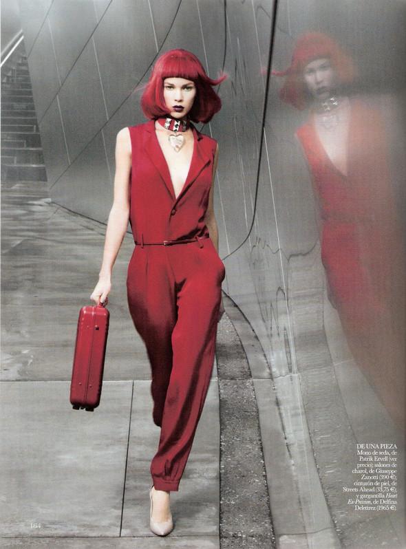 Съёмка: Бритт Марен для испанского Vogue. Изображение № 8.