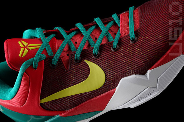 NIKE KOBE 7 YEAR OF THE DRAGON (NEW PICS). Изображение № 1.