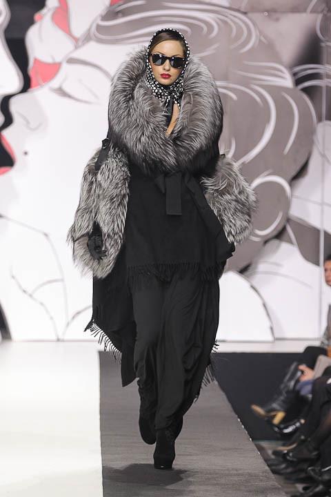 """Коллекция """"La Femme Magnifique"""" Модного Дома Игоря Гуляева. Изображение № 18."""