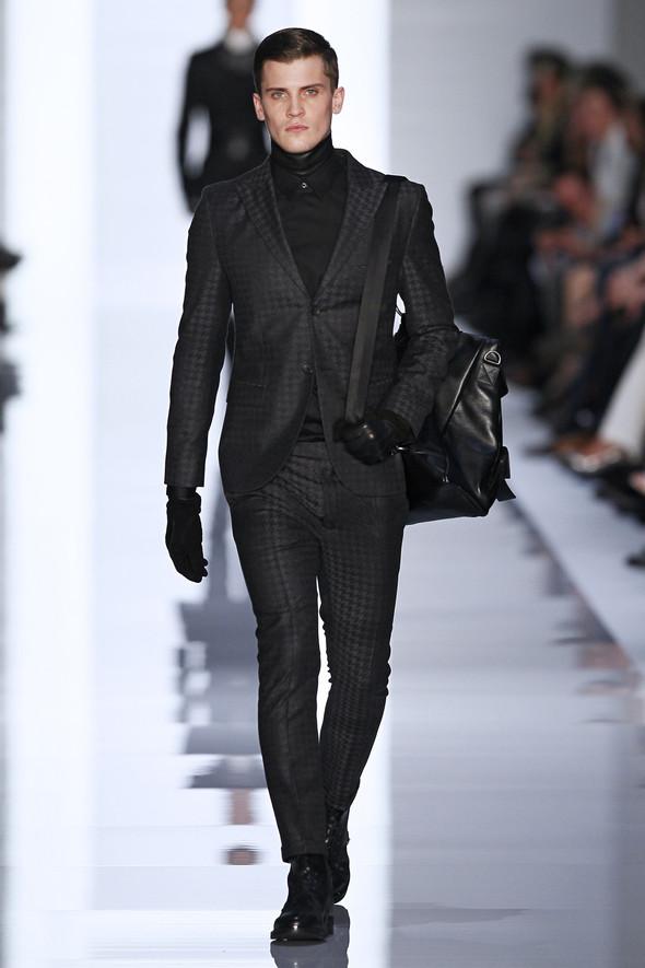 Berlin Fashion Week A/W 2012: Hugo by Hugo Boss. Изображение № 23.