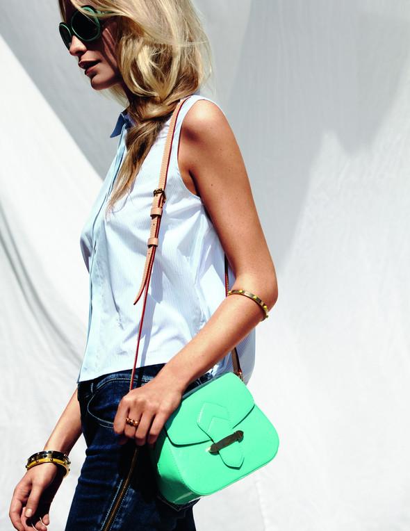 Лукбук: Поппи Делевинь для Louis Vuitton Summer 2012. Изображение № 3.