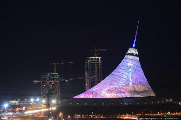 Изображение 18. Астана с высоты птичьего полета.. Изображение № 16.