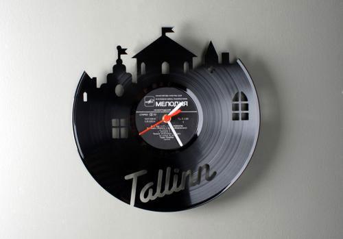 Виниловые часы Tallinn от Павла Сидоренко. Изображение № 1.