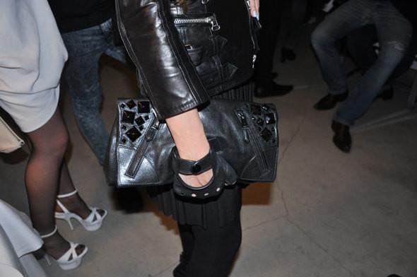 Изображение 14. Модный аутлет: туфли Prada за 10 евро.. Изображение № 11.