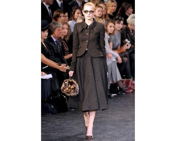 Можно все: Модели на показе Louis Vuitton. Изображение № 12.
