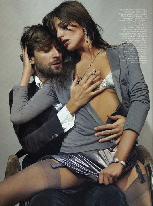 Vogue May 2010 ( Paris, US, China). Изображение № 9.