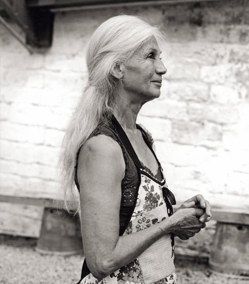 Очень красивая женщина. Изображение № 5.