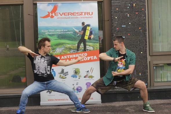 Heverest. ru и Street Union запускают линию одежды. Изображение № 3.