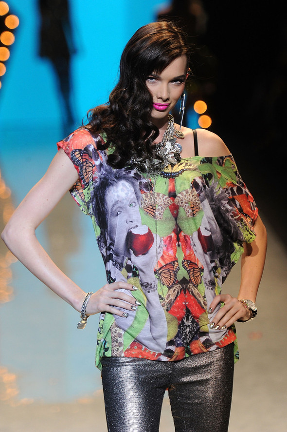 New York Fashion Week: Betsey Johnson Spring 2012. Изображение № 87.