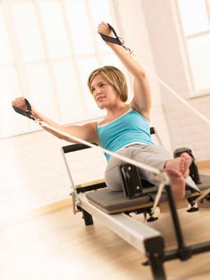 Реформер идеально подходит всем, кто не хотел бы наращивать мышцы, но стремится держать их в тонусе и всегда быть в форме!. Изображение № 2.