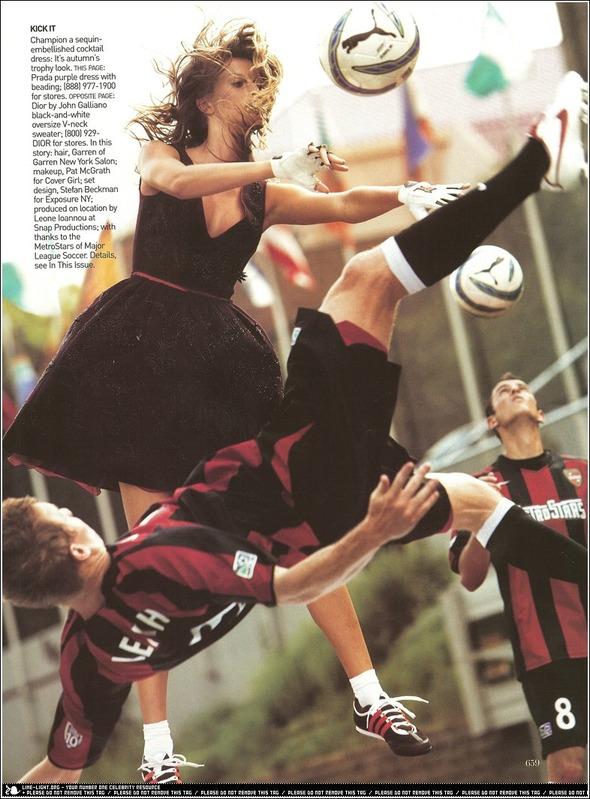 Быстрее, выше, сильнее: Модные съемки, вдохновленные спортом. Изображение №10.