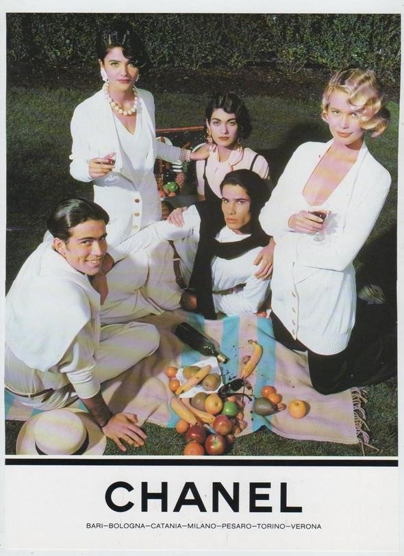 Архивная съёмка: Рекламная кампания Chanel SS 1990. Изображение № 3.