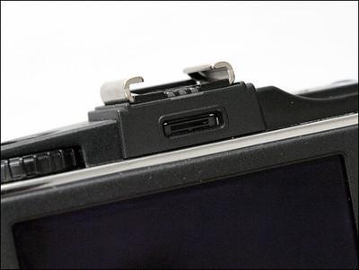 Камера вретро стиле отOlympus. Изображение № 2.