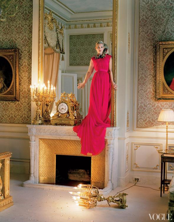 Кейт Мосс в апрельском Vogue US. Изображение № 13.