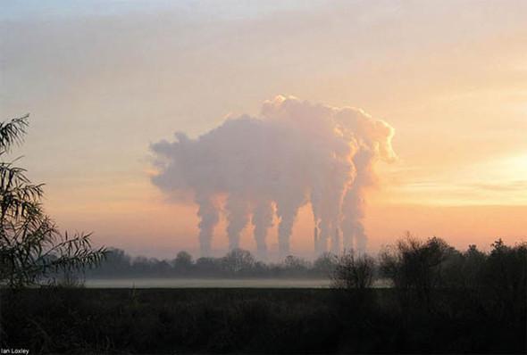 Переменная облачность. Изображение № 36.