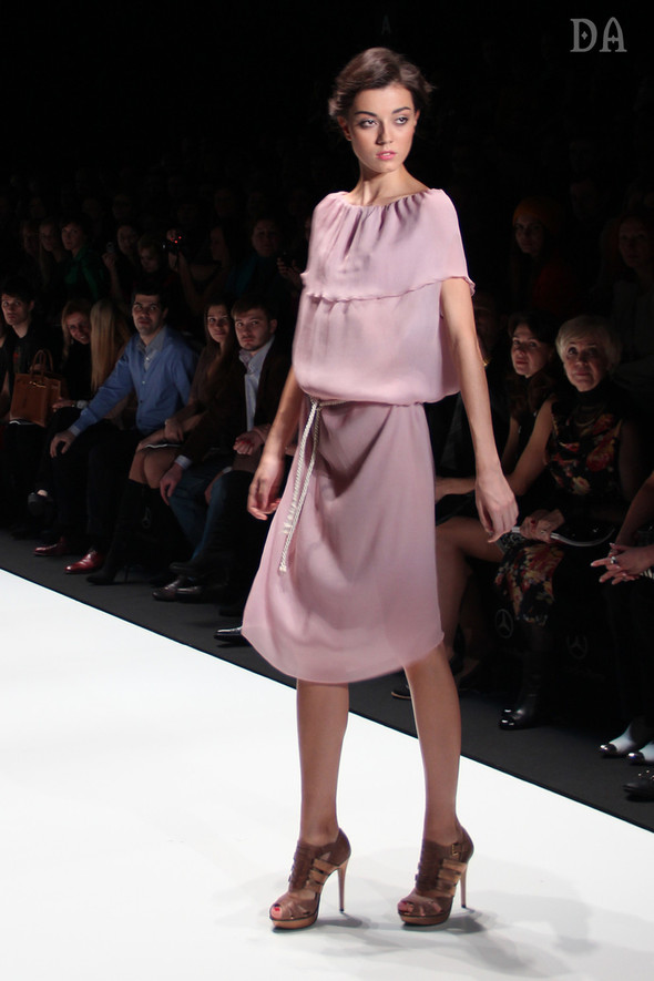 Mersedes-benz fashion week Russia, день первый. Показ Лены Карнауховой. Изображение № 6.
