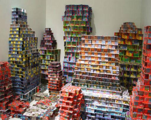 Искусство где-то рядом: 10 художников, работающих с предметами быта. Изображение № 8.