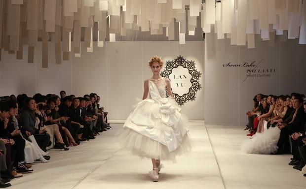 Идеальные свадебные платья. Изображение № 1.