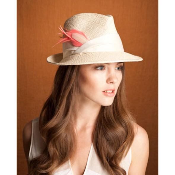 Дело в шляпе: 10 известных шляпников. Изображение № 40.