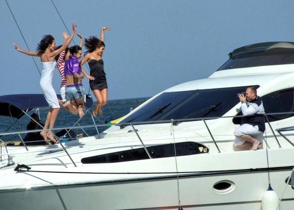"Прогулка на яхте ""при полном параде"". Изображение № 5."